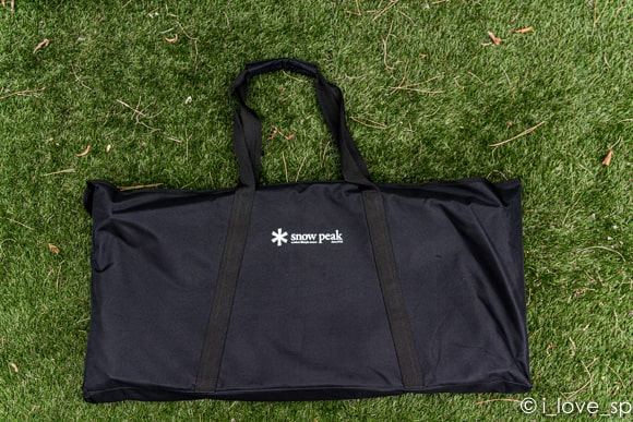 付属するIGTスリム専用の収納バッグ