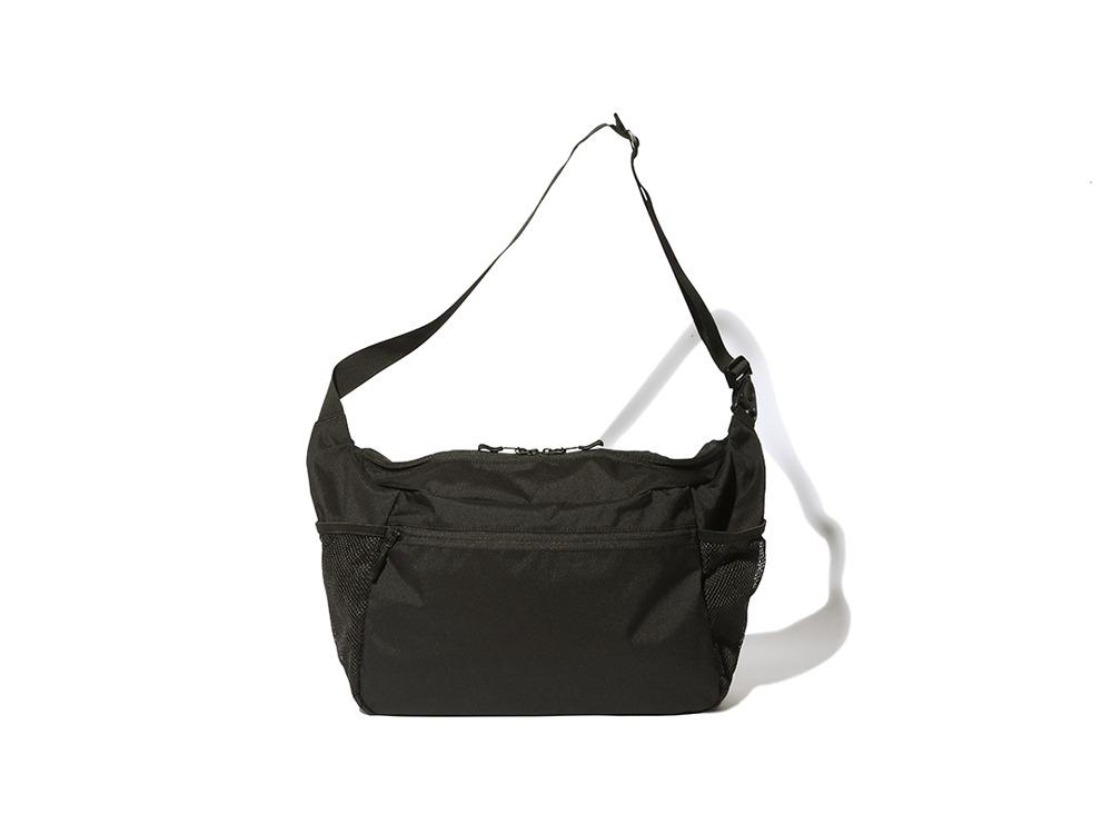 Everyday Use Middle Shoulder Bag ブラック