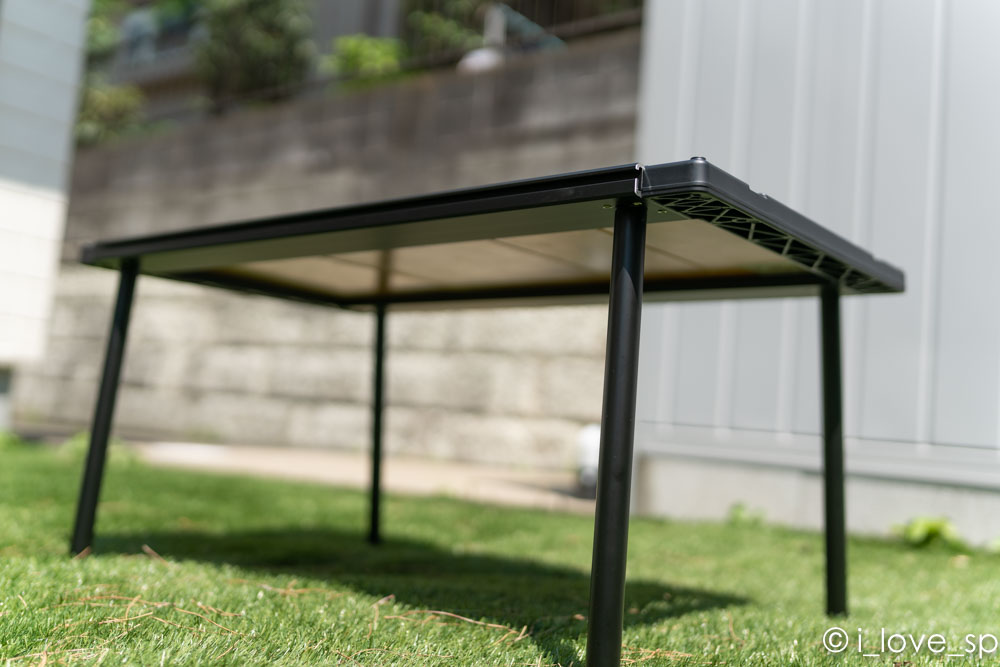 テーブルの高さを変えられる