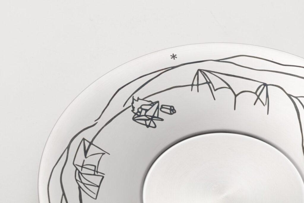 ソーサーのデザイン